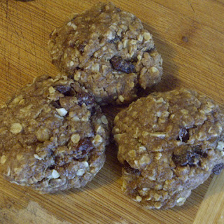 Oatmeal Raisin Cookies (vegan)