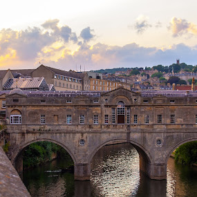 Pulteney Bridge by Andro Andrejevic - Buildings & Architecture Bridges & Suspended Structures ( uk, river avon, bath, pulteney bridge, architecture )