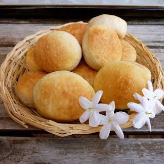 Argentinian Rolls (Bread Machine Recipe).