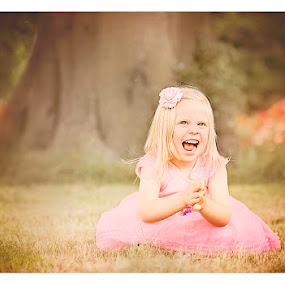 Natalia in Wonderland #2 by Szymon Stasiak - Babies & Children Child Portraits ( color, outdoors, children, portrait )