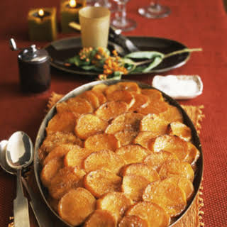 Scalloped Potatoes With Cheese Topping.
