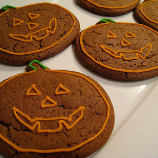 Vegan Pumpkin Gingerbread Cookies.
