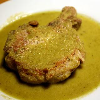 Pork Chop with Mole Verde (Pipian de Chuletas de Puerco).
