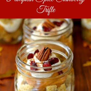 Pumpkin Spice Cranberry Trifle in a Jar | Ball Canning Jar Giveaway #HolidayRecipes.