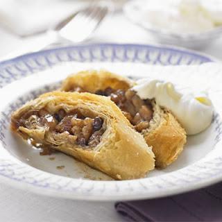 Caramelised Apple & Walnut Strudel Recipe